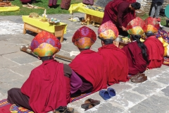 MONKS BACKS WAIT RITUAL